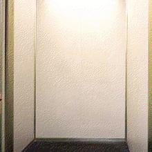 エレベーターの内装リニューアル
